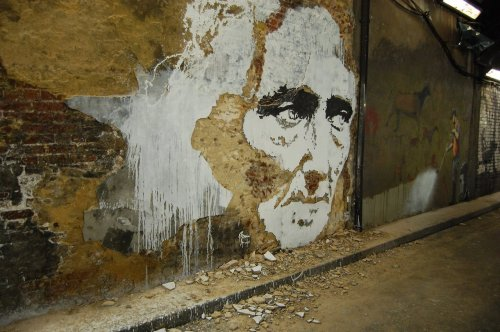 Reverse graffiti 4