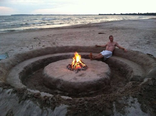 Innovative beach fire