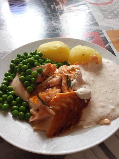 School lunch in Sweden