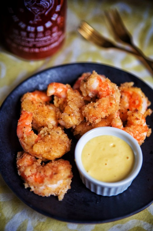 Coconut Shrimp with Mango-Siriacha Dipping Sauce. http-::brittanyangell.com:coconut-shrimp-with-mango-siriacha-dipping-sauce-glutengrain-free-paleo