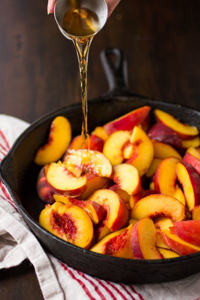 Grilled peaches in bourbon