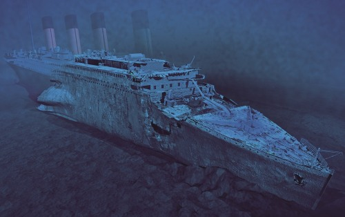 The Titanic Underwater