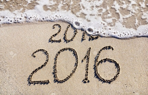 Happy-New-Year-2016-replace-2015-concept-on-the-sea-beach 1,300×839 pixels