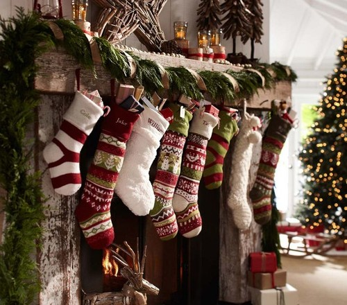 traditional-christmas-stockings-and-holders